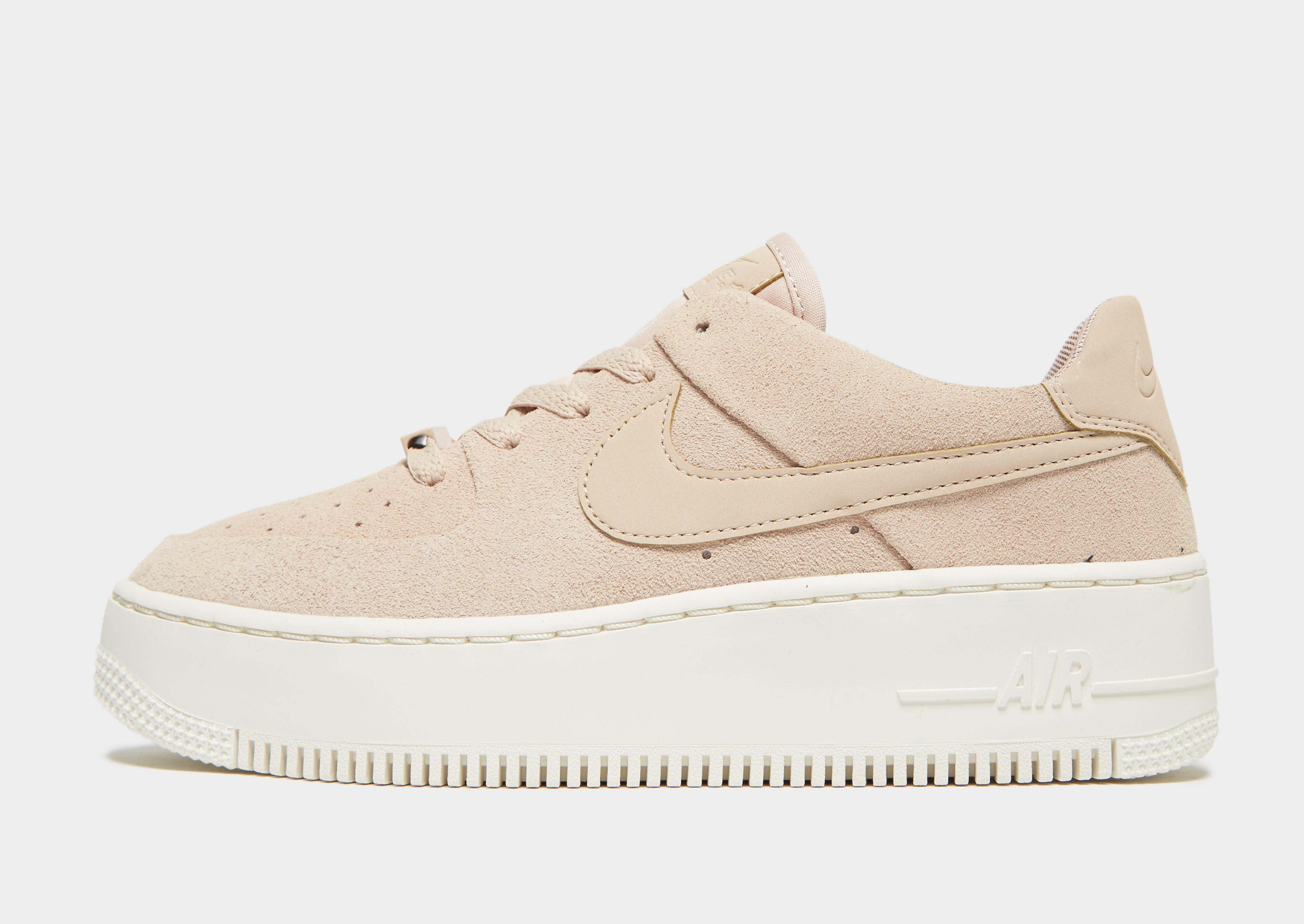 nike air force one femme rose