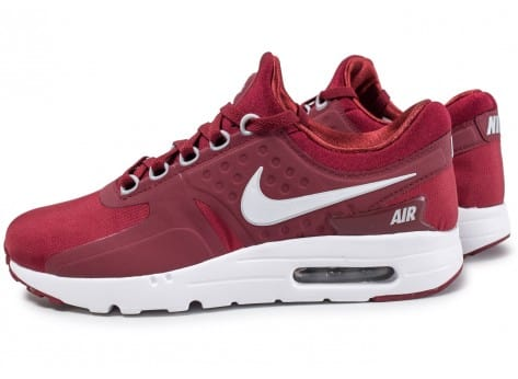 basket homme rouge air max
