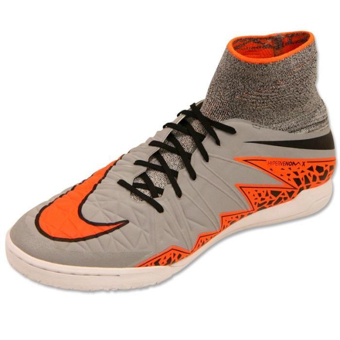 chaussure futsal nike pas cher