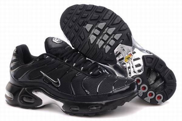chaussures nike requin tn