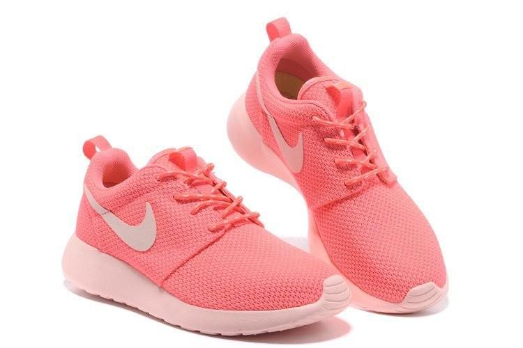 nike roshe run rose fluo, Chaussures Running Femme Nike Air